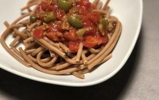 So bereitet ihre eine leckere italienische Puttanesca Soße