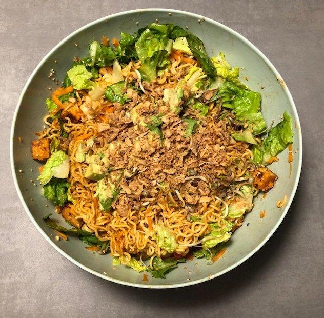 Leckerer Asia-Salat als Alternative zum Wok
